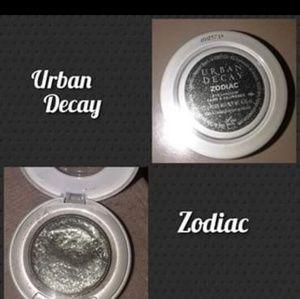 Urban Decay Moondust Zodiac Eyeshadow
